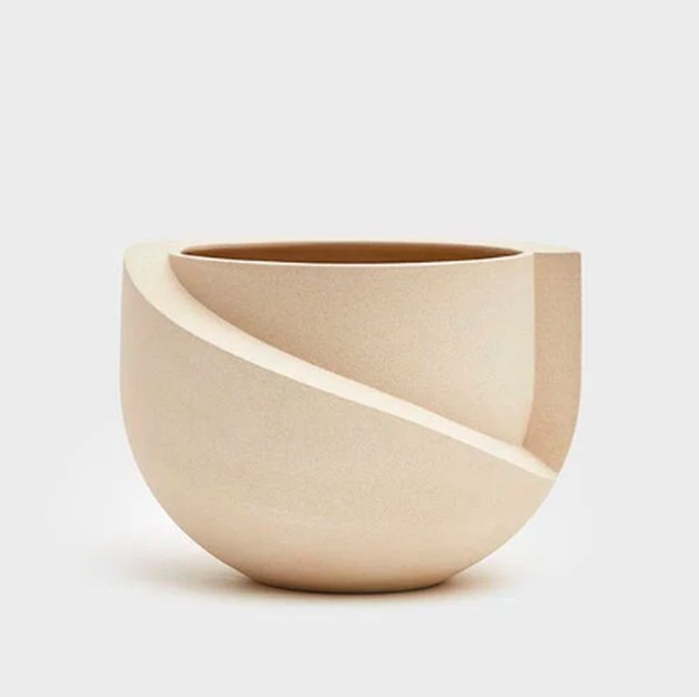 ceramic tabletop vase
