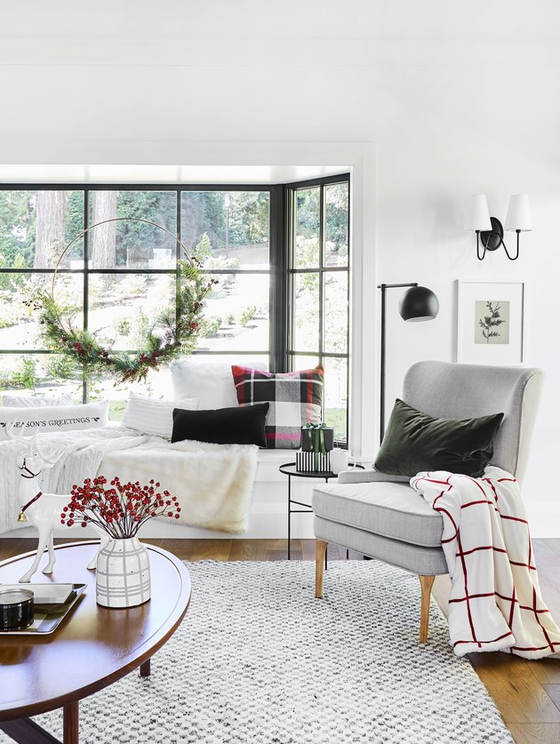 Decorating With Plaid For The Holidays Hunker