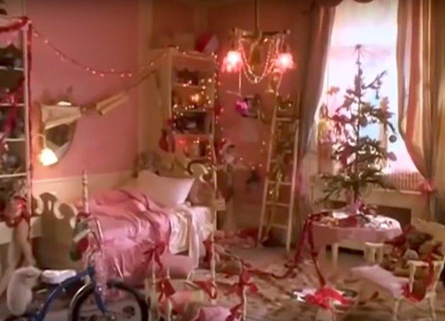 eloise christmas holiday movie decor