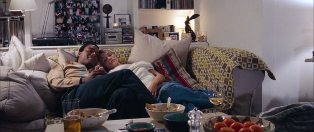 peter and juliet on the couch, still frame from love actually