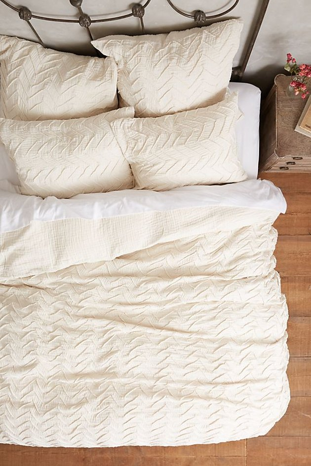 off white textured chevron duvet bedding