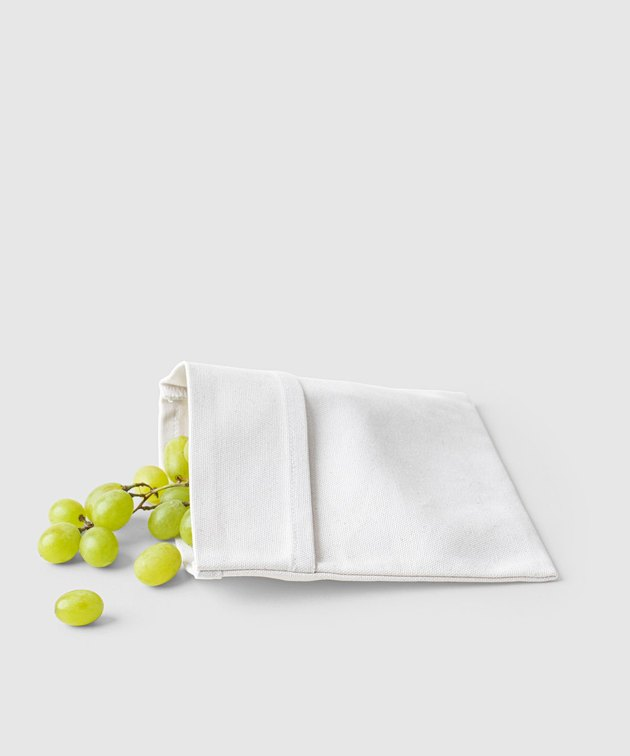 white snack bag with green grapes