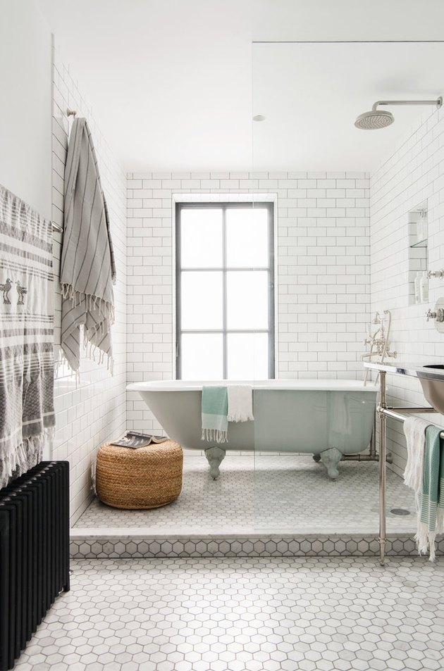 walk-in bathtub shower combination with clawfoot tub