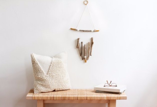 A driftwood and twine creation in a few easy steps.