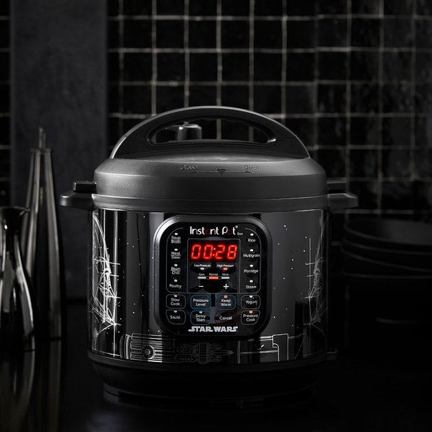 Darth Vader 6-Qt. Pressure Cooker