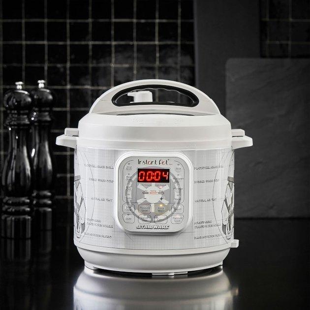 Stormtrooper 6-Qt. Pressure Cooker