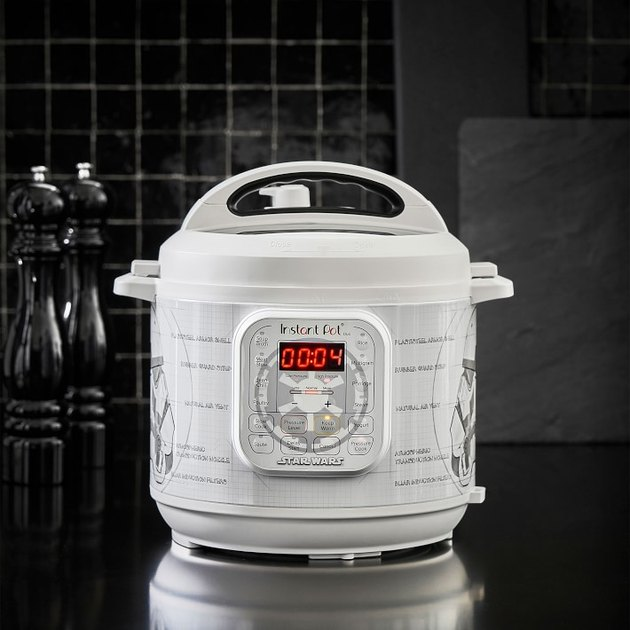 Star Wars Stormtrooper Instant Pot Duo 6-Qt. Pressure Cooker