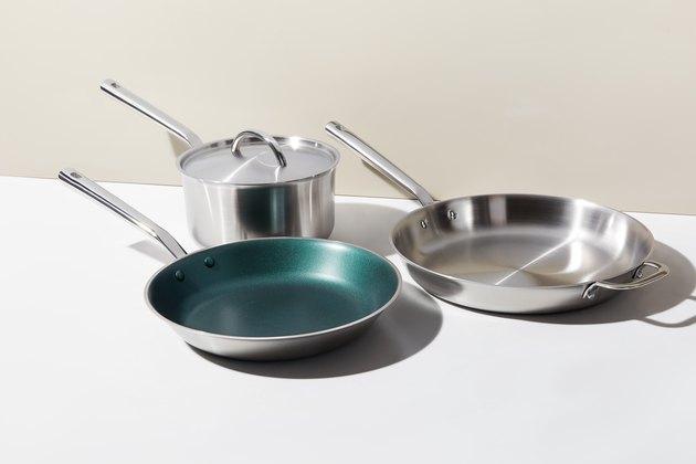 pots and pan set