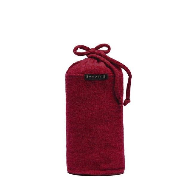 red travel blanket