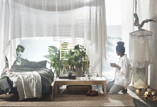 tropical-looking bedroom