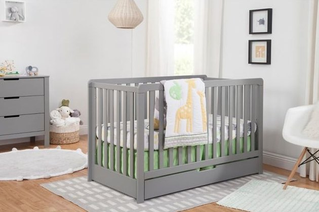 4-in-1 crib with storage