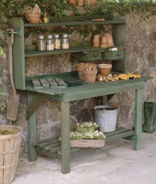 A potter's bench adds just the right amount of rustic.