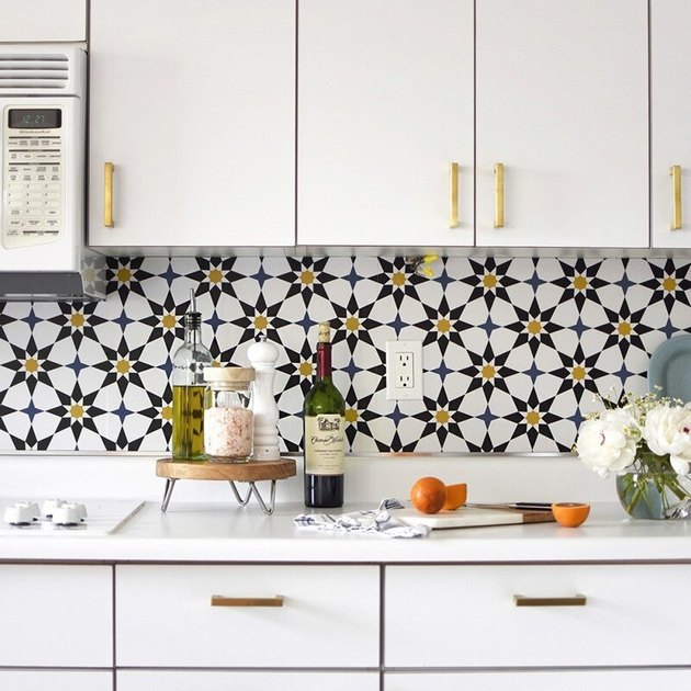 Kitchen Wallpaper Backsplash Idea by Delineate Your Dwelling