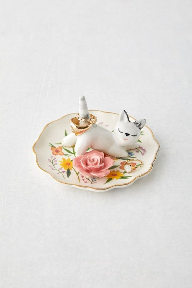 ring tray with floral pattern and cat figurine