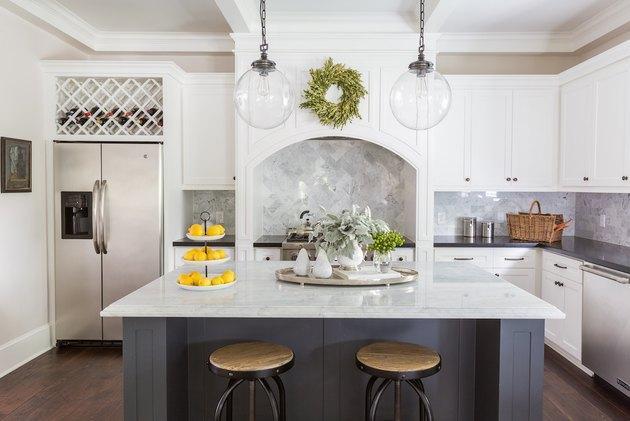 Craftsman kitchen with blue tile backsplash