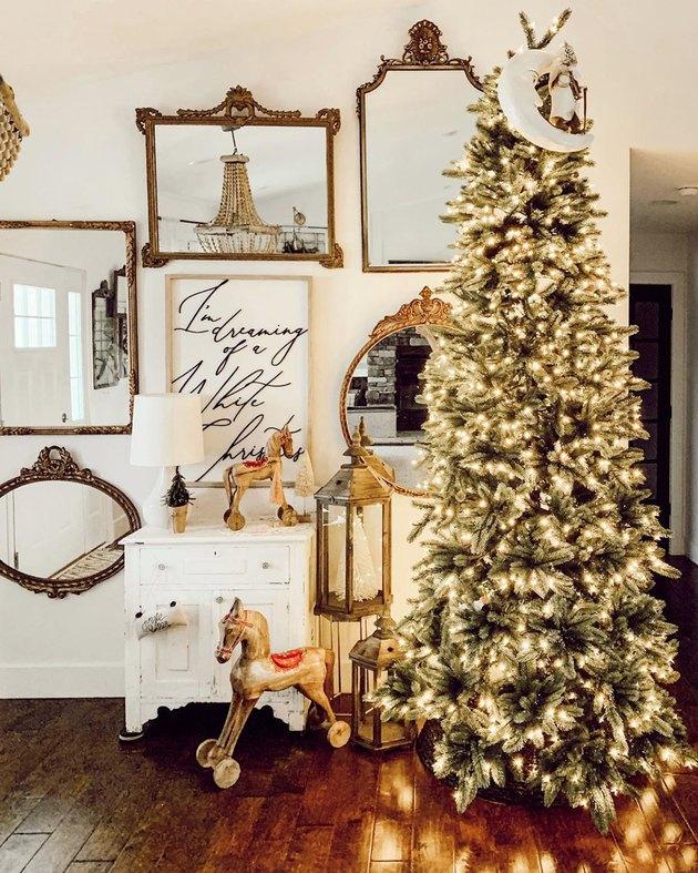 farmhouse Christmas tree idea with twinkle lights