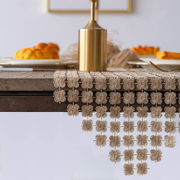 gold clover table runner