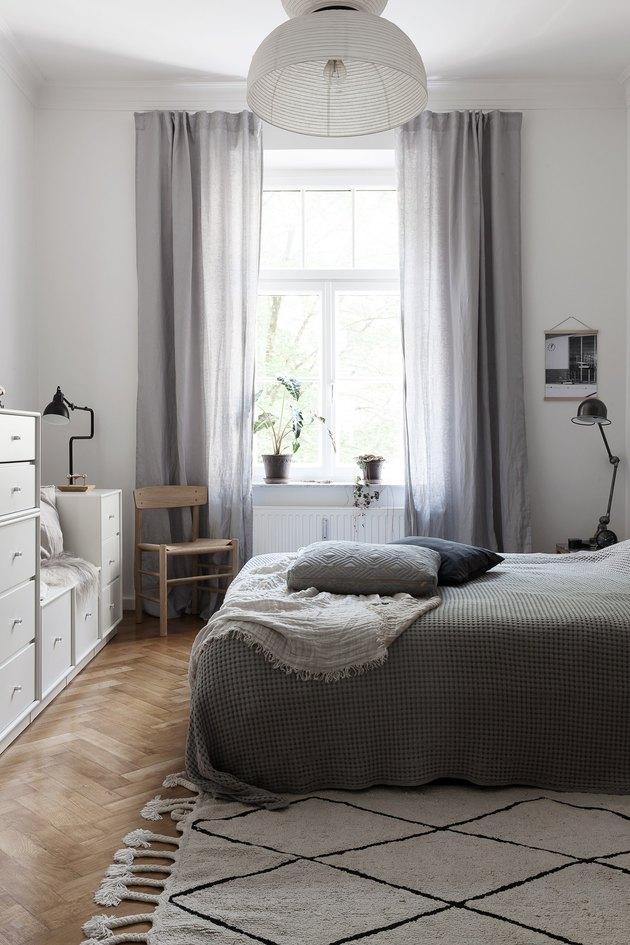 modern chic bedroom with Scandinavian inspiration