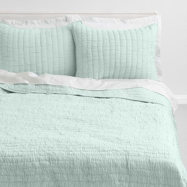 mint bedding