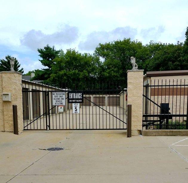 Storage facility security gate