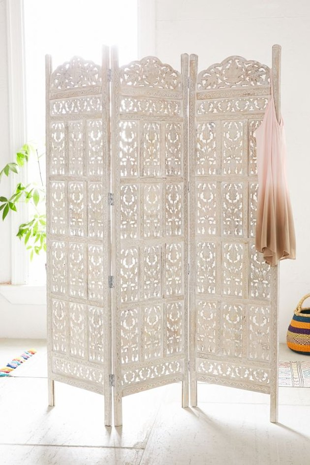 room divider idea for the living room with white partition