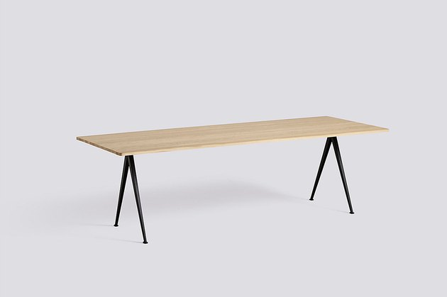 hay wood dining table