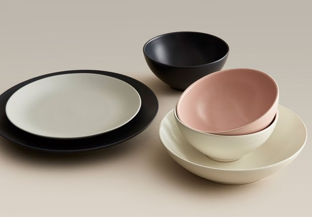 year and day ceramic dinnerware