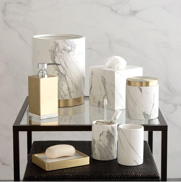 marble-inspired art deco bathroom accessories