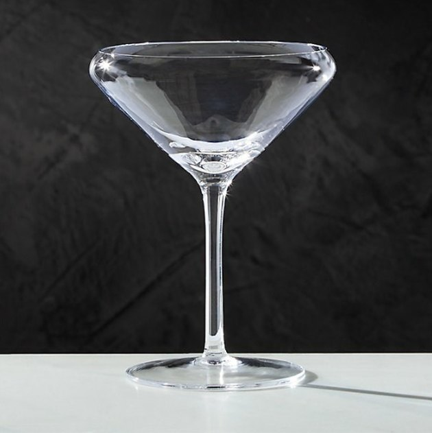 glass martini glasses with curved rim