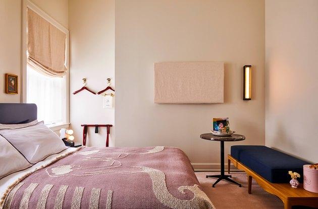 siren hotel detroit guest room