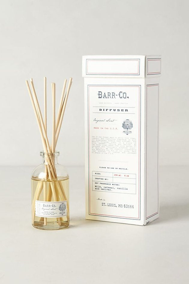 Diffuser reeds in small clear glass jar