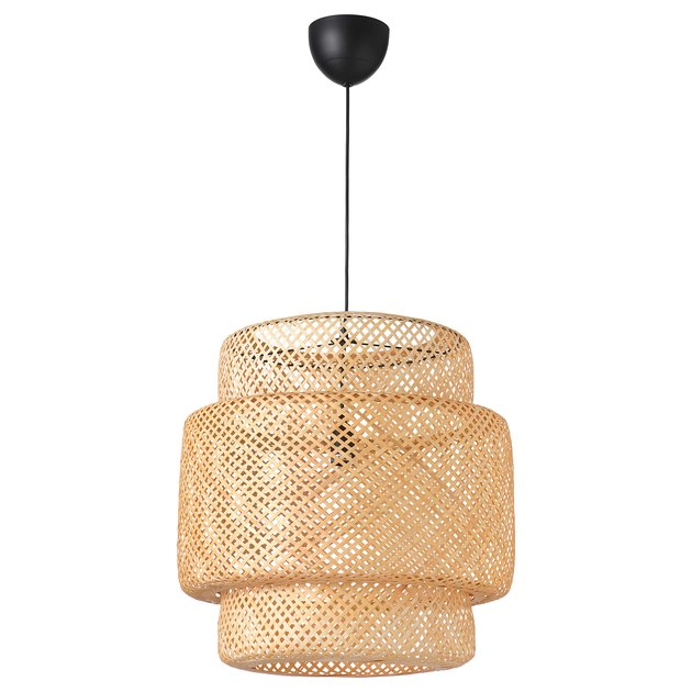 Woven pendant light with black base