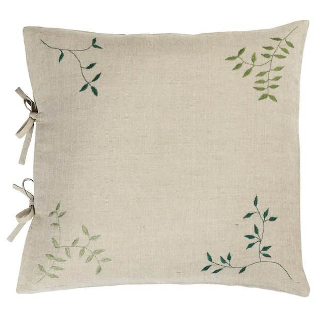 cushion cover with leaf print on the edges