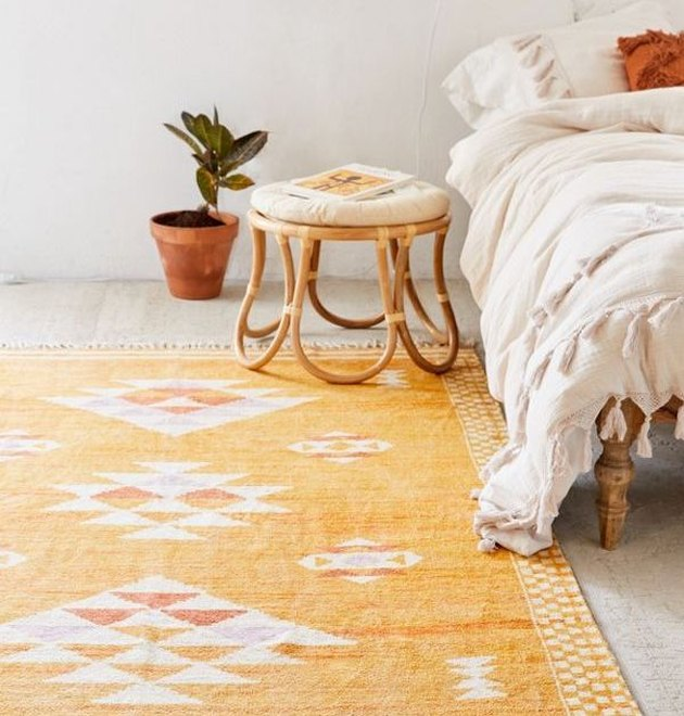 urban outfitters sabira rug