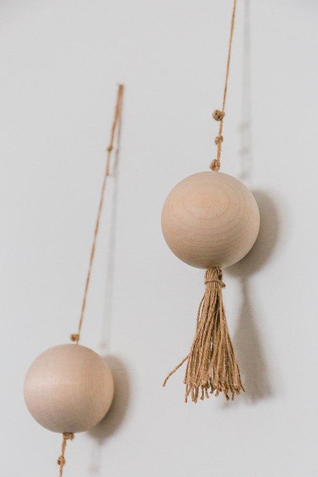 La ficelle donne à l'installation une texture d'inspiration bohème.