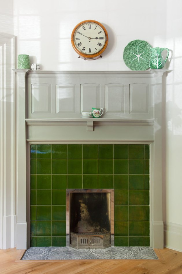 arts and crafts interior with green tiled fireplace