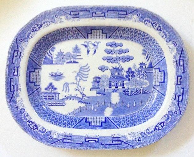 Chairish English Chinoiserie Blue & White Platter,