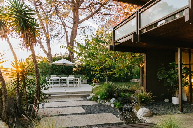 Midcentury post and beam home and garden