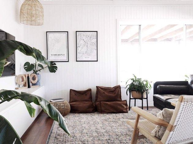 boho coastal living room with earth tones furniture
