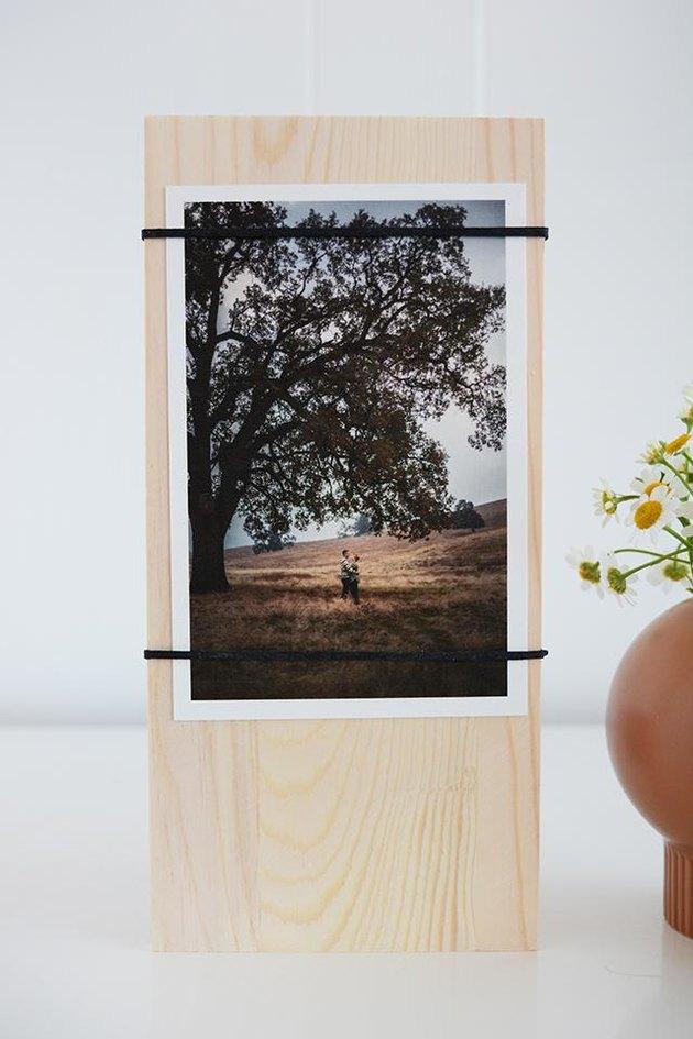 Modern Wood Block and Elastic Frames