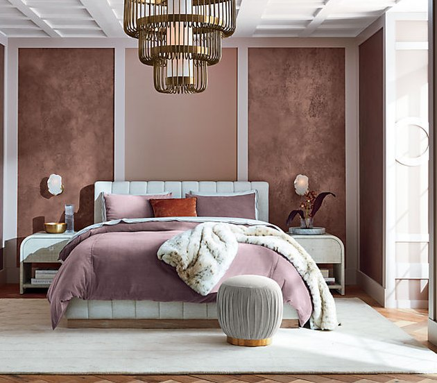 Art deco style bedroom