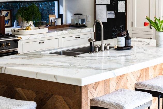 kitchen island with kitchen sink