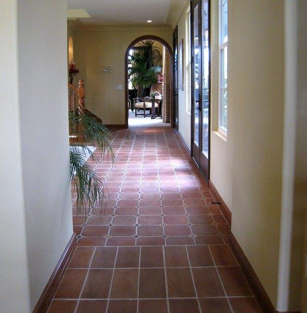 Terra cotta floor tile manufactured by Tierra Y Fuego