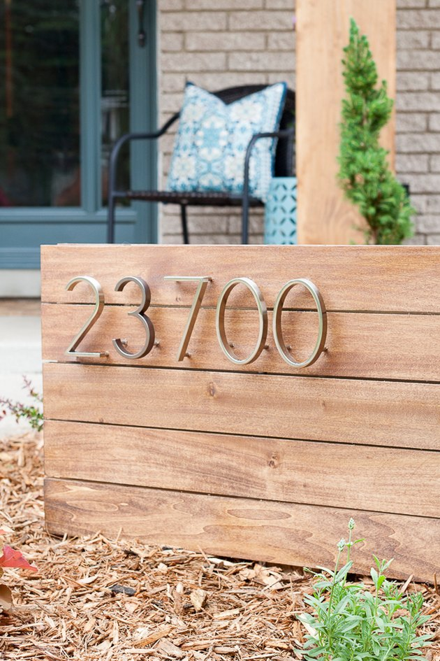 DIY house number sign in front yard