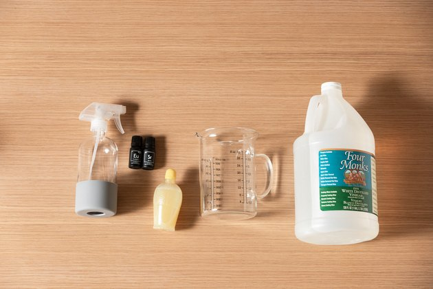 Earth Day cleaning spray DIY