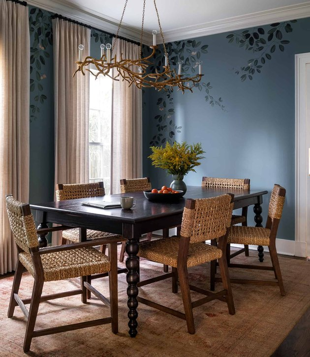 traditional dining room lighting with unique chandelier