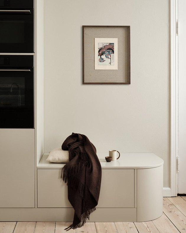 light beige color kitchen with corner seating
