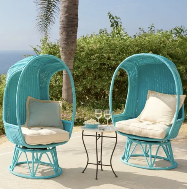 Pier One Spinasan Collection Swivel Chair