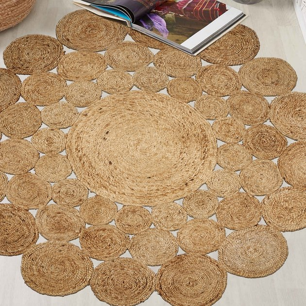 LR Home Natural Jute Hand Braided Floral Round Indoor Area Rug