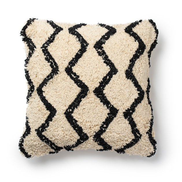 "Better Homes & Gardens Abstract Diamond Shag Throw Pillow, 18""x18"""
